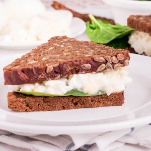 lor-peynirli-sandvic